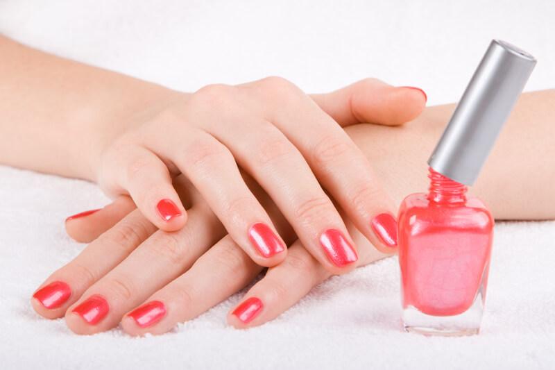Broze nagels versterken